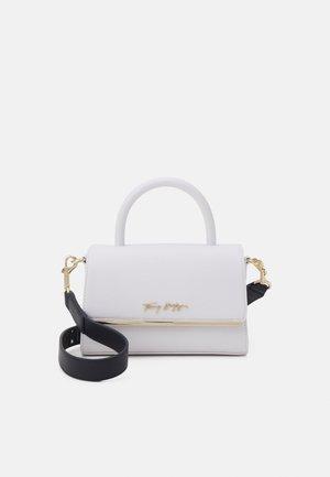 MODERN BAR BAG STRAP - Handbag - white