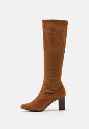 MONJA - Boots - peanut