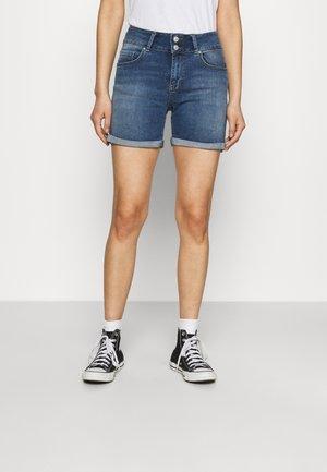 BECKY - Shorts di jeans - rosali undamaged wash
