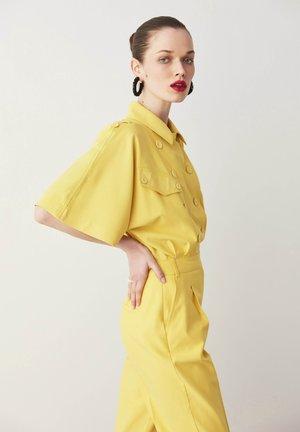 Jumpsuit - yellow