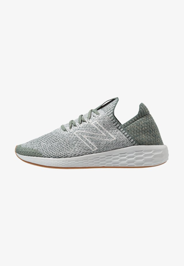 Chaussures de running neutres - faded rosin