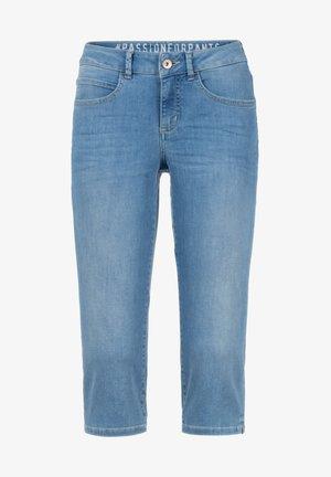 PEGGY-480W 44263 FIVE-POCKET CAPRILÄNGE - Slim fit jeans - blau