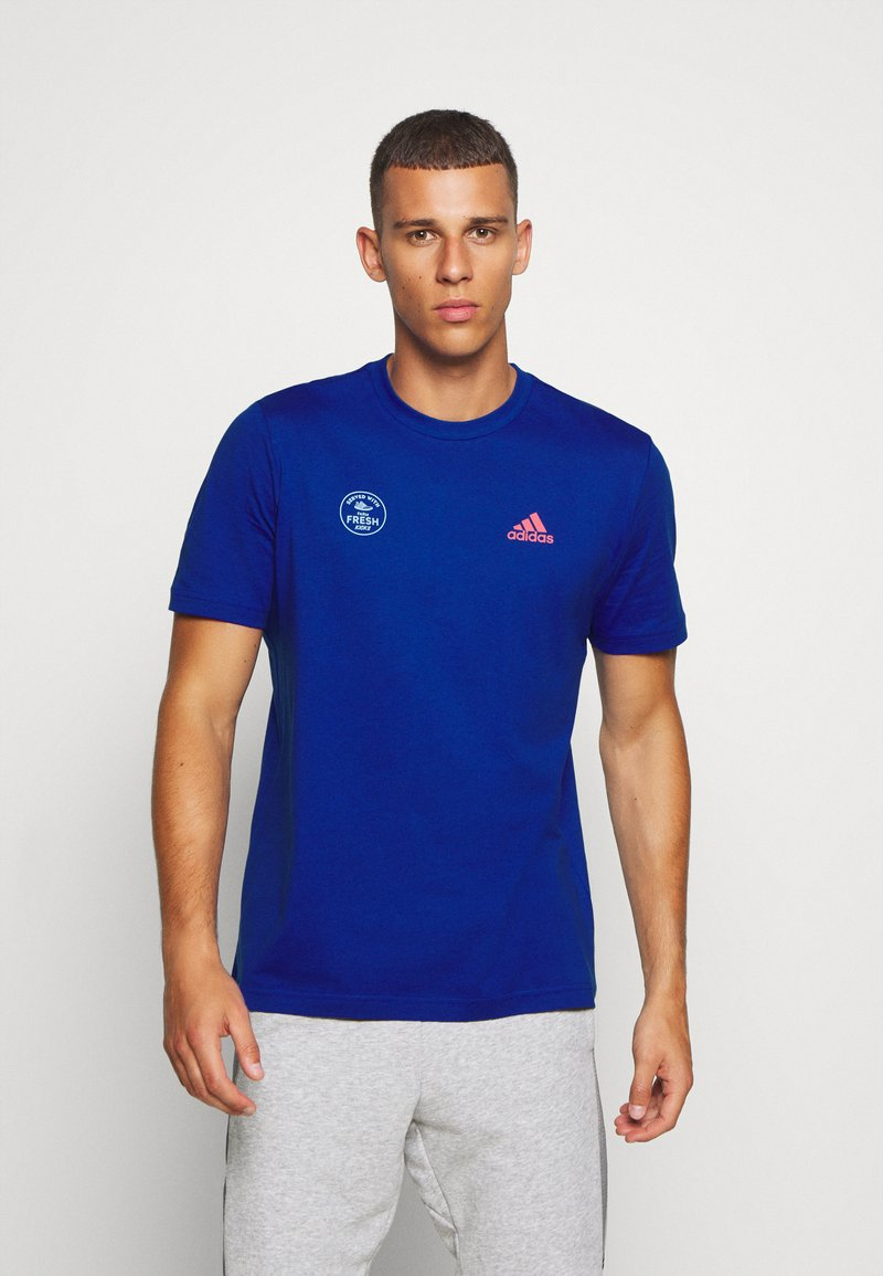 adidas Performance - SNACK PHOTO TEE - Camiseta estampada - royal blue