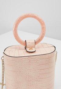 Topshop - GAZE GRAB - Håndtasker - pink - 6