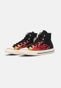 Converse - CHUCK 70 ARCHIVE FLAME HI UNISEX - Baskets montantes - black/enamel red/egret - 1