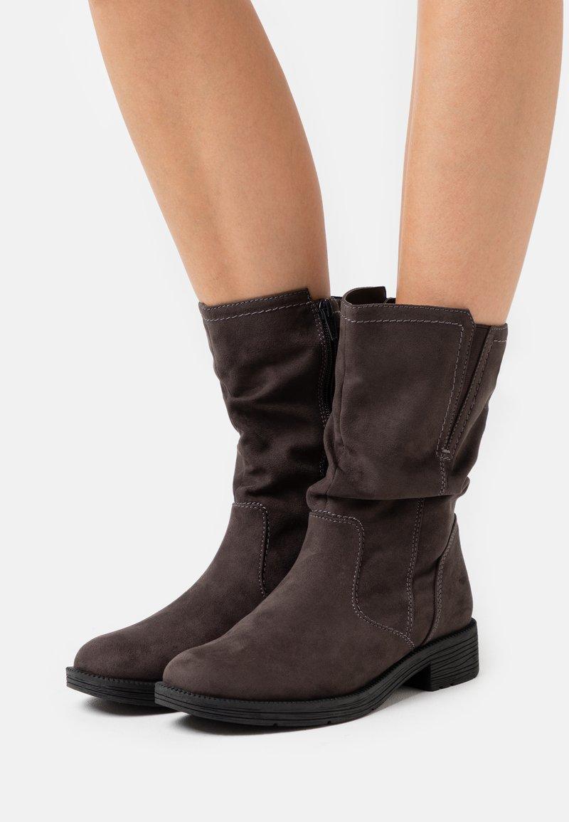 Jana - Boots - asphalt