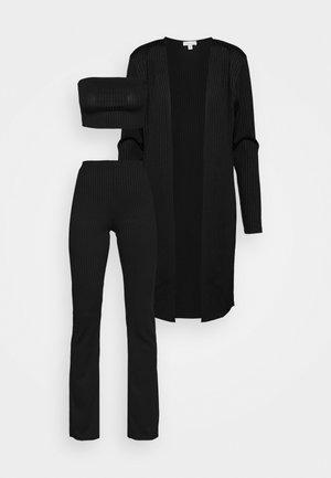 SKINNY RIB FLARE SET - Top - black