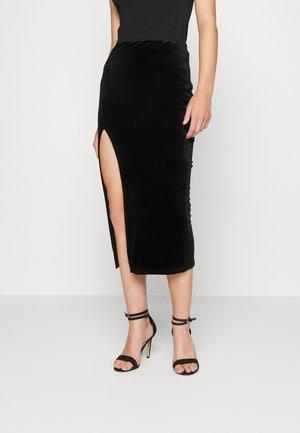 SKIRT WITH SPLIT - Pencil skirt - black