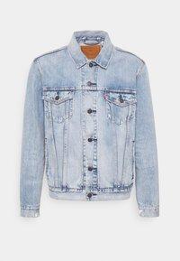 THE TRUCKER - Denim jacket - light-blue denim