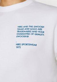 Nike Sportswear - CREW - Mikina - white - 5