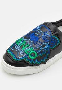 KENZO kids - SHOES - Sneakers laag - black - 5