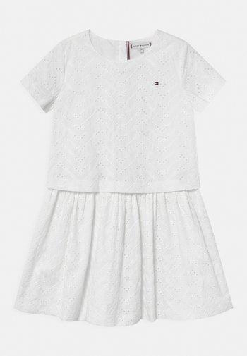 BRODERIE ANGLAISE - Vestito elegante - white