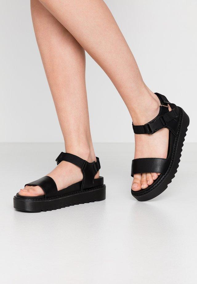 VEGAN  - Korkeakorkoiset sandaalit - black