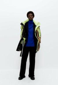 Uterqüe - Winter coat - green - 1