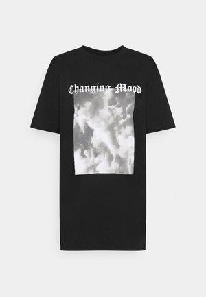 STATEMENT TEE - T-shirt imprimé - black/grey