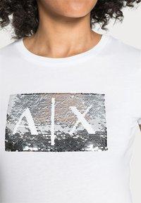 Armani Exchange - Triko spotiskem - white ground - 4