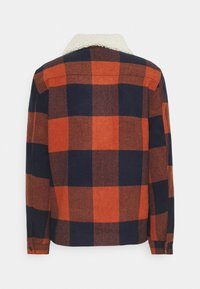 Only & Sons - ONSROSS NEW CHECK JACKET - Light jacket - bombay brown - 9