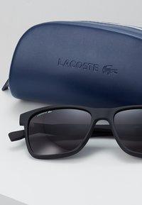 Lacoste - Sluneční brýle - black matte - 2