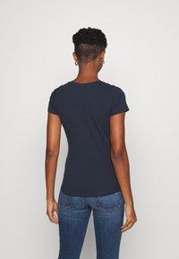 Pepe Jeans - ANNA - Print T-shirt - admiral - 2
