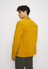 Lindbergh - Summer jacket - dark yellow