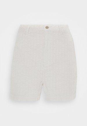 SEVENTY THREES - Shorts - moonbeam