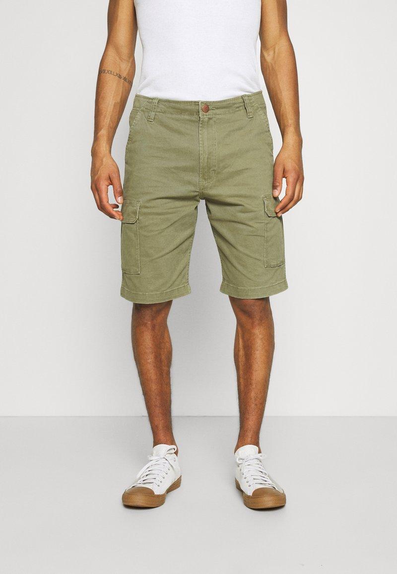 Wrangler - CASEY - Shorts - lone tree green
