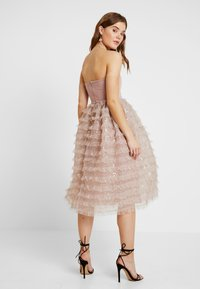 Rare London - SEQUIN DETAIL PROM DRESS - Cocktail dress / Party dress - lilac - 3