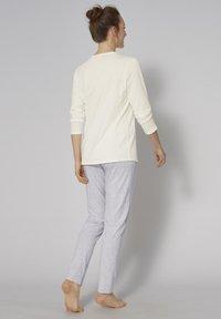 Triumph - SET - Pyjama set - silk white - 1
