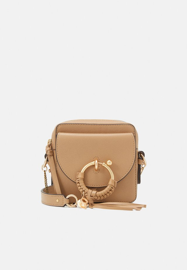 JOAN Joan camera bag - Across body bag - coconut brown