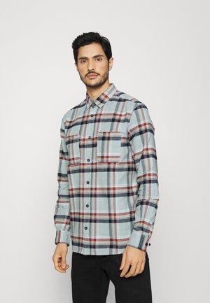 COMFORT - Shirt - ice blue