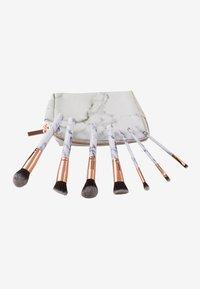 ZOË AYLA - 7 PIECE MAKE UP BRUSH SET - Make-upkwastje - white marble - 1