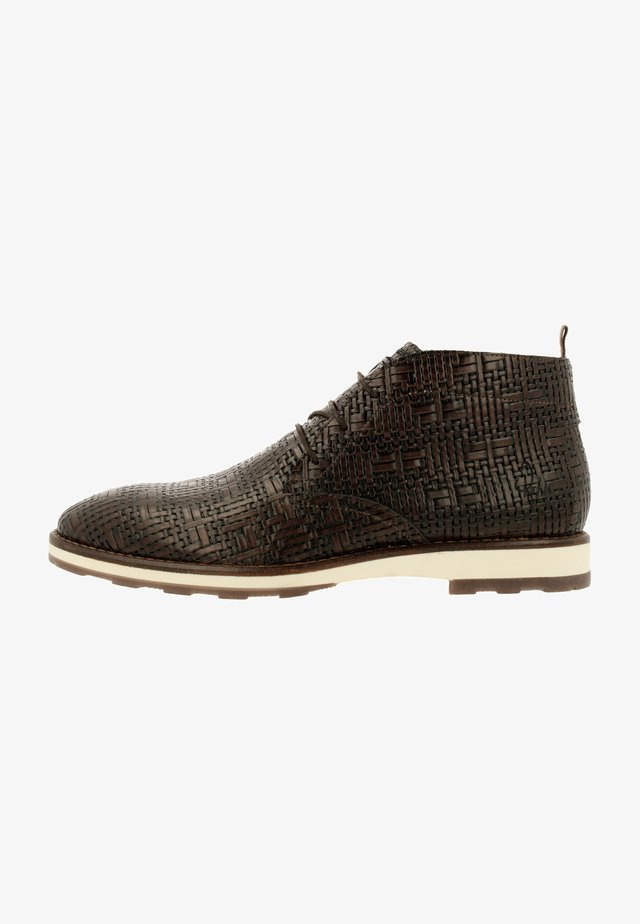 POTSAVIVO WEA - Chaussures à lacets - dark brown
