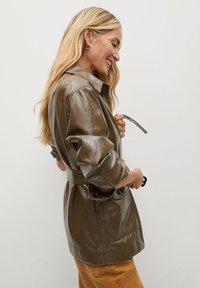 Mango - DORIS - Faux leather jacket - braun - 5