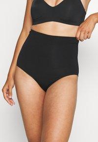 Boob - SOFT SUPPORT BRIEF - Shapewear - black - 0