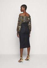 Versace Jeans Couture - LADY SKIRT - Denim skirt - indigo - 2