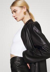 Monki - BARB 2 PACK - Långärmad tröja - black dark/white - 5