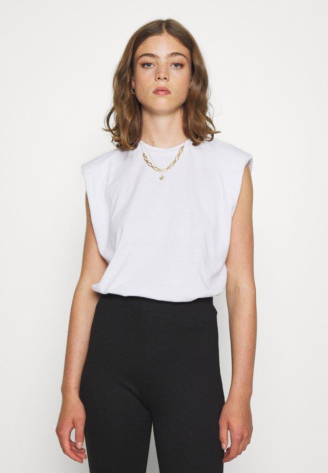 ELISE - T-shirt basique - weiß
