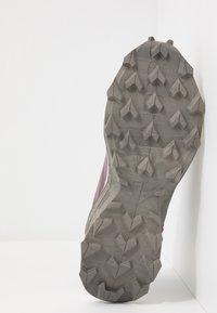 Salomon - SUPERCROSS  BLAST - Trail running shoes - flint/vanilla/vintage kaki - 4