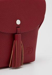 TOM TAILOR DENIM - IDA - Across body bag - mid red - 3