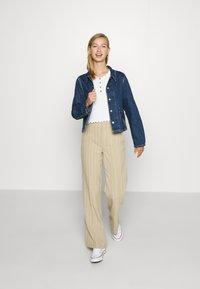 Levi's® - UTILITY CHORECOAT - Giacca di jeans - lead balloon - 1