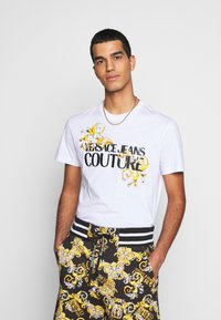 Versace Jeans Couture - MOUSE - T-shirt con stampa - white - 0