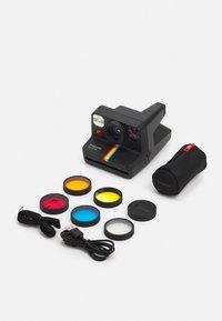 Polaroid - NOW+ UNISEX - Camera - black - 2