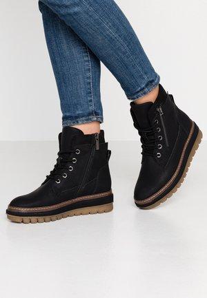 Platform ankle boots - black matt