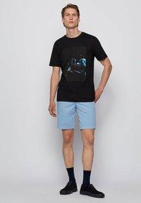 BOSS - TERISK - T-shirt imprimé - black - 1