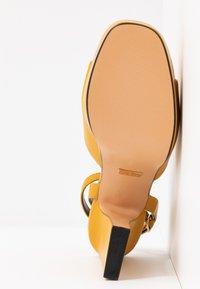 Topshop - RAFA CHUNKY PLATFORM - High heeled sandals - mustard - 6