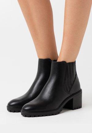 DENIA  - Kotníková obuv - black