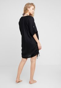 Seafolly - BEACH TEXTURED COVER UP - Complementos de playa - black - 2