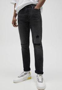 PULL&BEAR - Slim fit jeans - black - 0