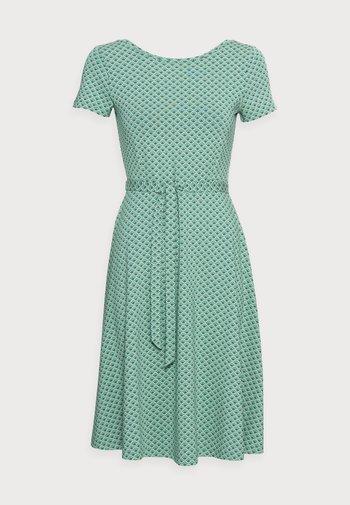 SALLY DRESS FRESNO - Jersey dress - opal green
