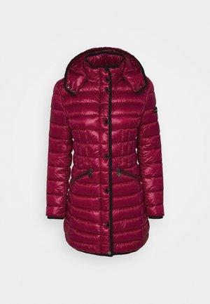Winter coat - pink pepper